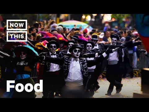 Día de los Muertos aka the Day of the Dead Has Nothing to Do With Halloween | NowThis