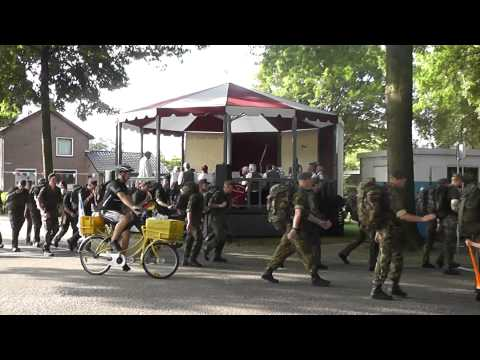 4Days Marches 2014 Wijchen / military walkers part 2 (8:05 - 9:05 am)