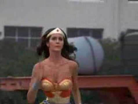 Wonder Woman Spin Transformation and Lasso - First Season