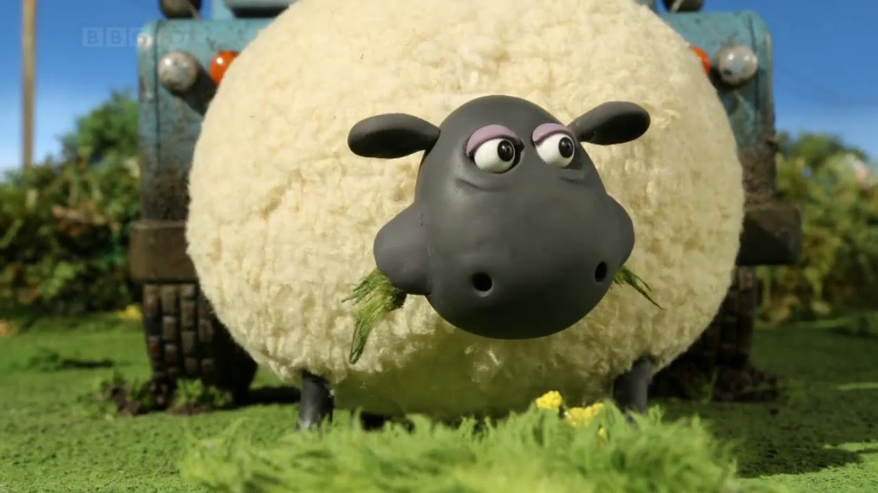 Shaun The Sheep S02e27 Bitzer From The Black Lagoon Youtube