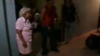 Video Abuela maraca download MP3, 3GP, MP4, WEBM, AVI, FLV Desember 2017