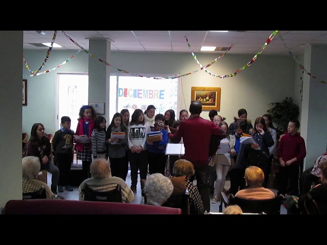 Curs 2017-18 - Cor Escolar  - Rockin' Around The Christmas Tree - Residència St.Llorenç