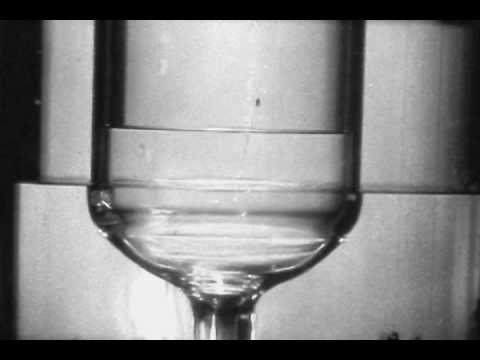 Liquid Helium II the superfluid (part 4 The fountain effect)