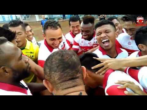 Latihan Perdana Peter Osaze Odemwingie Bersama Madura United