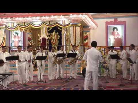 sai-bhajans---eshwaramba-priya-tanaya-sai-narayana-|-brass-band-offering-at-brindavan