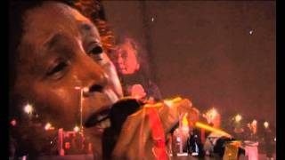 Lalao Rabeson chante Iangaviako