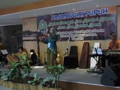 KINANTI PELOG - Putri Nila Chandra Kirana - Pasanggiri Pupuh Jar 2014
