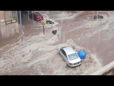 Heavy rainstorm floods streets in Greece's Thessaloniki