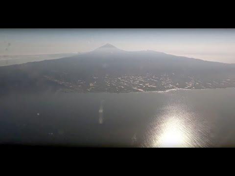 Landing on Tenerife-Sur Airport [4K UHD Ultra HD]