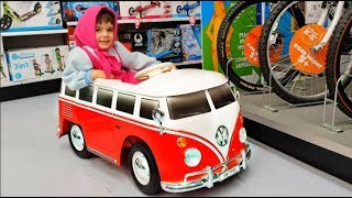 WHEELS ON THE BUS Song For Children  * Masha Ride on Red Bus * Nursery Rhymes For Kids