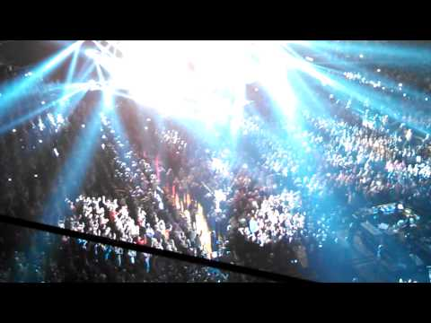 P!nk So What live at Banker