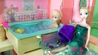 Barbie Dream House Tour with Elsa, Make Ups and Toy Surprises