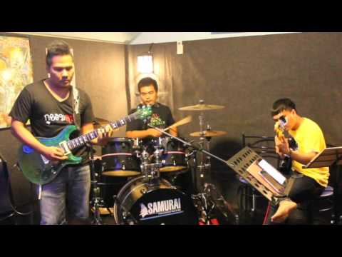 Sugar (Maroon5) Cover by The Comedy Band