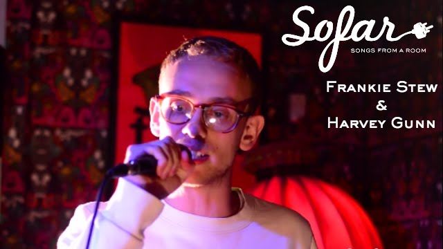 Frankie Stew & Harvey Gunn - Put It On Me | Sofar Brighton - YouTube
