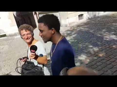 Arrivée de Wally Seck à Genève - Interview avec Radio Télévision Suisse RTS