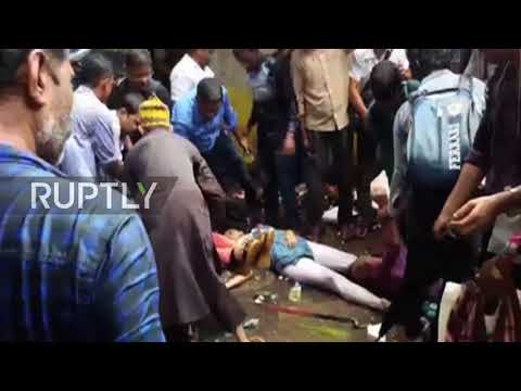 India: 22 dead in Mumbai rail station stampede