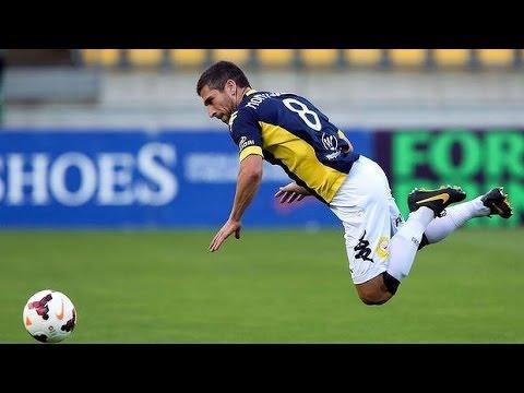 Wellington Phoenix vs Central Coast Mariners: Hyundai A League 2013/2014 (Round 14) - YouTube