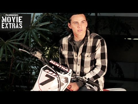 A.X.L. | On-set visit with Alex Neustaedter
