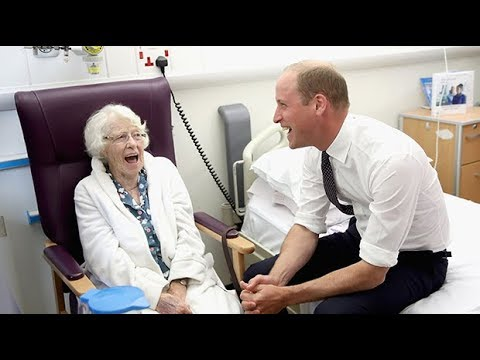 Prince William talks George's first day and meets patients at Liverpool hospital