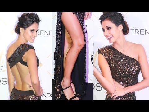 Disha Patani HOT DRESS At VOGUE Beauty Awards 2017 thumbnail