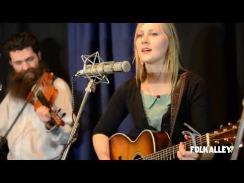 "Folk Alley Sessions: Nora Jane Struthers & The Party Line - ""Nashville"""
