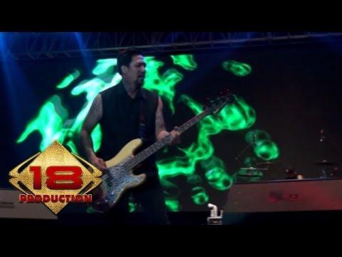 Superman Is Dead - Bulan Dan Ksatria  (Live Konser Magelang 15 Oktober 2014)