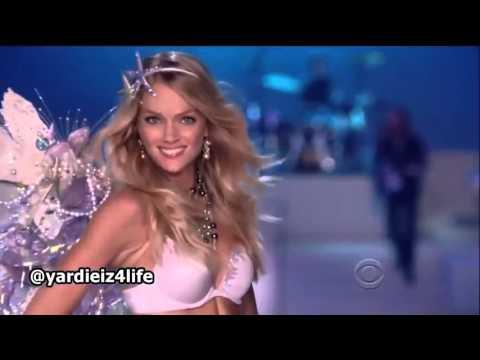Видео: Maroon 5   Moves Like Jagger, Victorias Secret Fashion Show Live Performance mp4 mp4