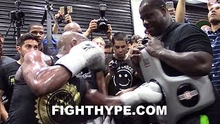 MAYWEATHER PROVES HE HAS STING ON HIS PUNCHES; BACKS UP HEAVYWEIGHT TRAINER WITH BODY SHOTS