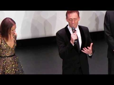 Tom Hiddleston speaking french at Thor premiere in Paris