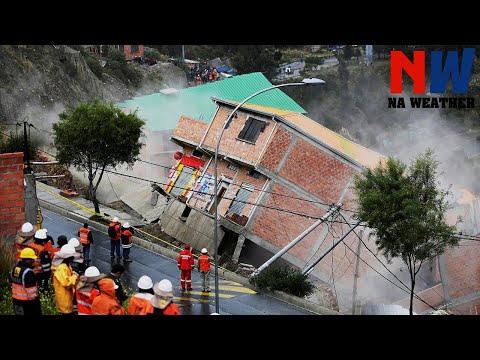 Crazy Footages: Massive Landslides Caught On Camera ▶3