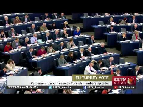 EU Parliment backs freeze on Turkish membership talks