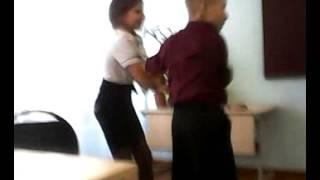 девочка и мальчик танцуют танго(это мой класс!!!!!, 2013-10-18T16:29:03.000Z)