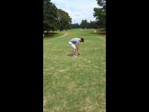Worst golf swing ever seen by mankind