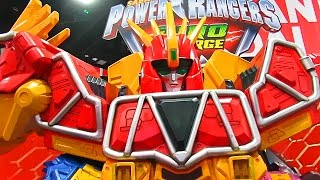 Bandai America Booth at SDCC! Power Rangers Dino Charge, Legacy MMPR