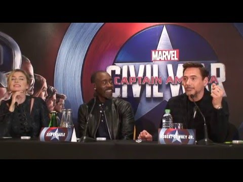 Press conference Captain America Civil War (Robert Downey Jr., Don Cheadle, Emily VanCamp)