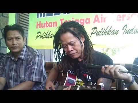 Live Permance Tony Q Rastafara di WALHI Lampung