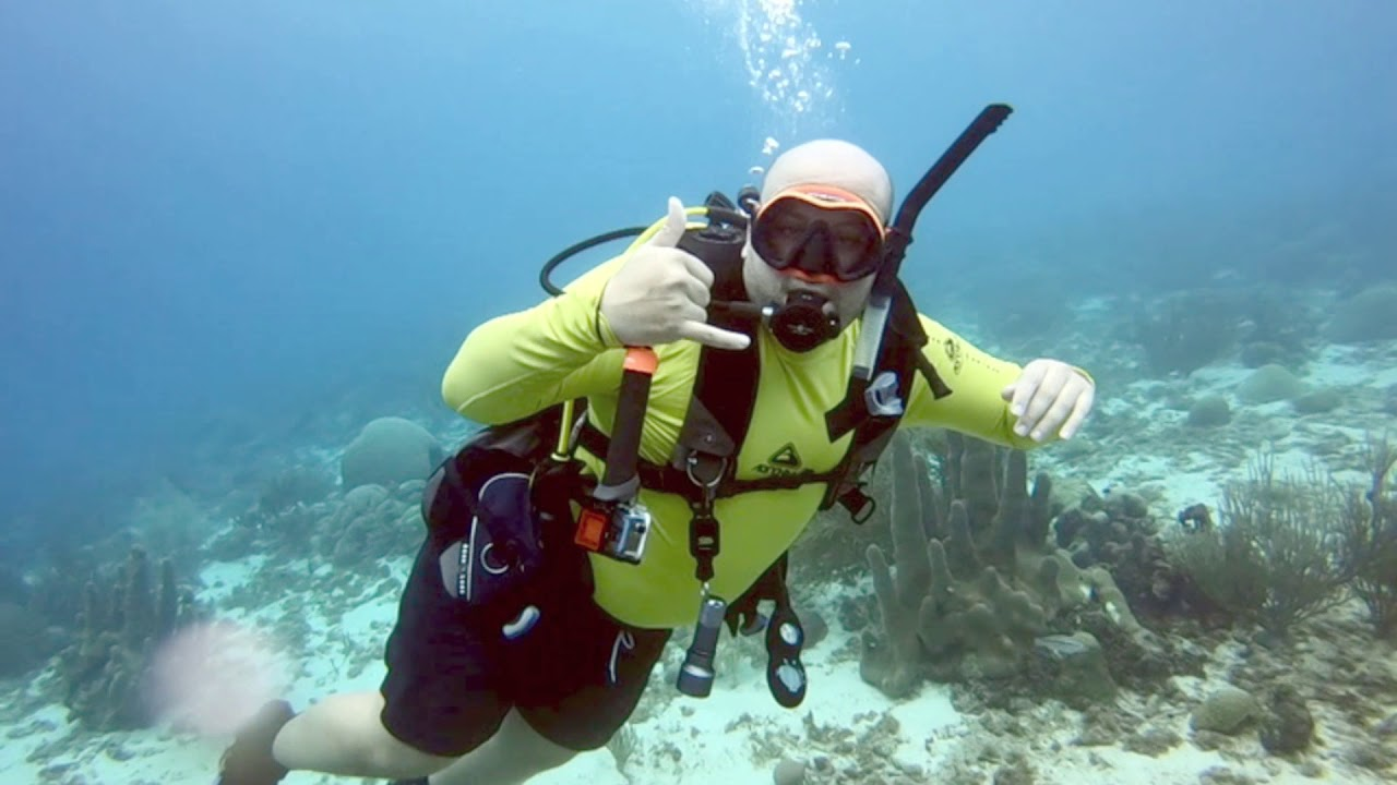 Warm Water Diving in Curacao