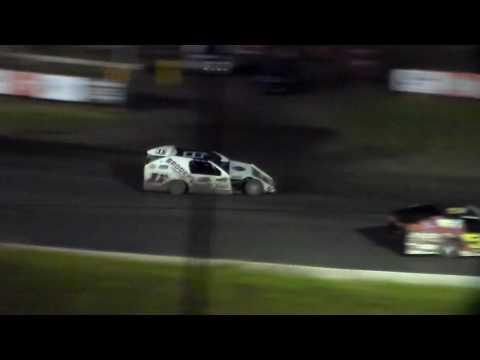 Modified Amain @ Hamilton County Speedway 06/10/17