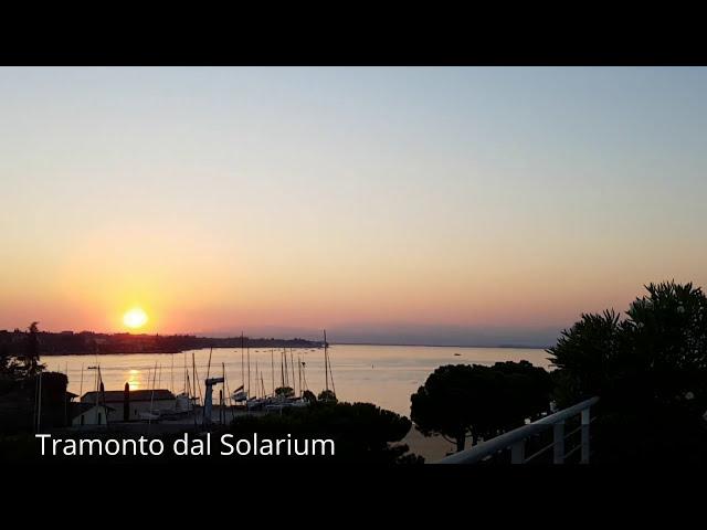 Hotel Acqua Dolce Peschiera del Garda - solarium - Panorama con tramonto