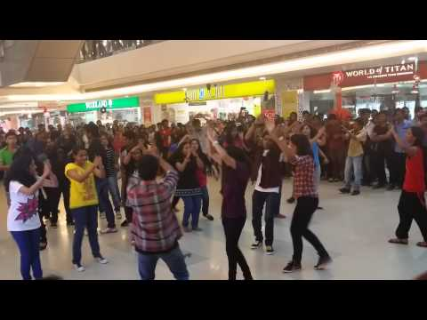 Newyear Dance Prog @ Oberon Mall By SCMS Students