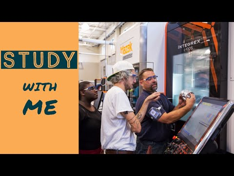 Student Experience at Advanced Manufacturing Technology Center at Asnuntuck Community College