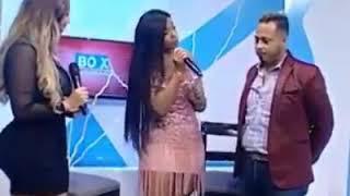 "Video Presentadora Agarra el Pene a Otro Presentador ""Así está la TV Dominicana"" download MP3, 3GP, MP4, WEBM, AVI, FLV September 2018"