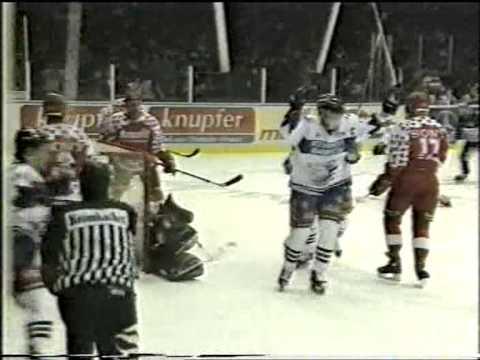 Die Adler Mannheim (97/98/99) 1/4