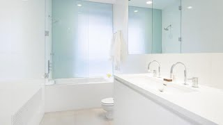 White Bathroom Design Ideas That Are Effortlessly Beautiful