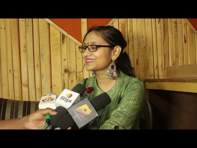 दिनेश लाल यादव #निरहुआ के चुनाव लड़ने पर क्या बोली #गायिका #Priyanka Singh