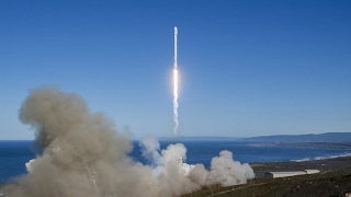 SpaceX re launches used rocket for first time