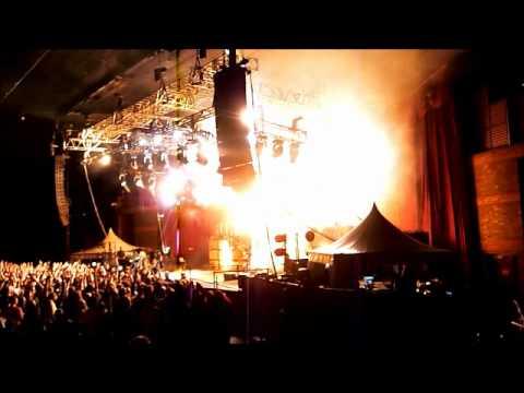 Motley Crue @ Brisbane RiverStage, 21 September, 2011