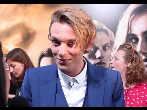 The Mortal Instruments Interviews - Jamie Campbell Bower, Lily Collins, Kevin Zegers!