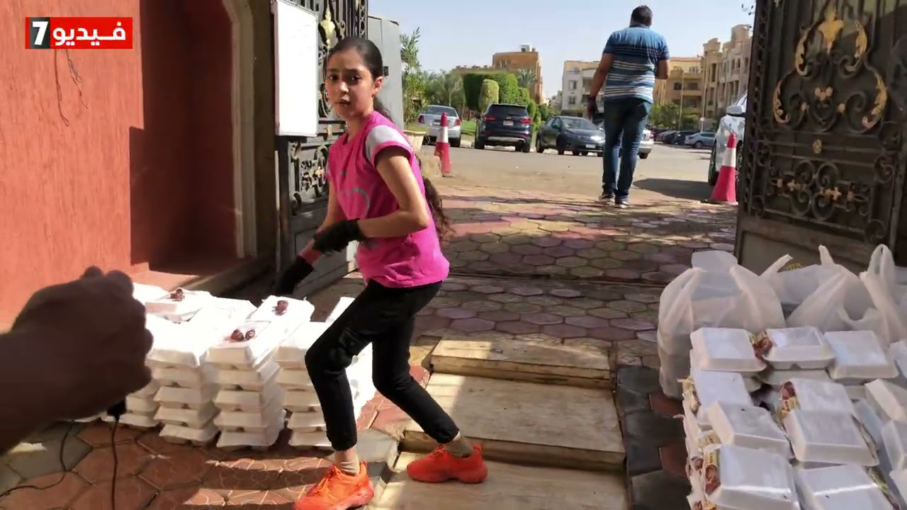 وليم ومحمد عملوا مطبخ الرحمن لإطعام الفقراء في رمضان  - 17:59-2021 / 5 / 7