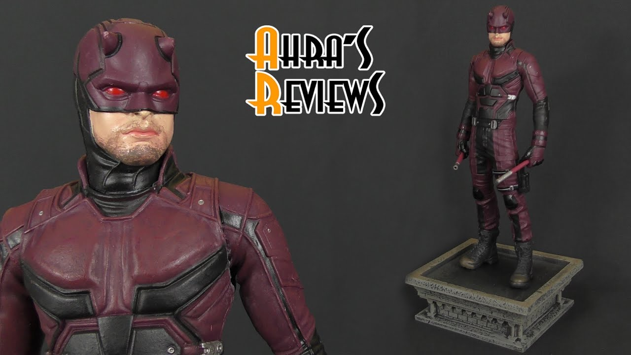 DIAMOND SELECT TOYS Marvel Gallery Daredevil Netflix Exclusive 9 Statue